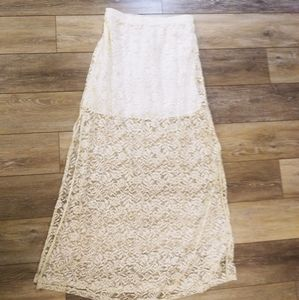 Abercrombie & Fitch white lace maxi skirt